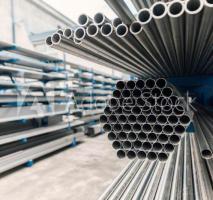 Comércio de tubos de inox